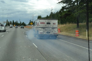 Wenn das Benzin aus ist, kann man immer noch mit dem Öl fahren...