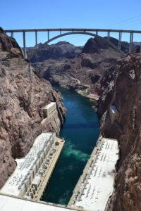 Blick vom Damm zum Powerhouse